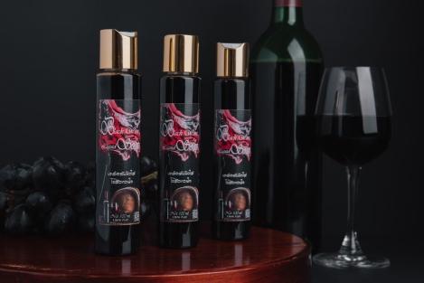 Syrah black wine